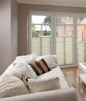 plissee f r ihr wohnzimmer perfekter. Black Bedroom Furniture Sets. Home Design Ideas